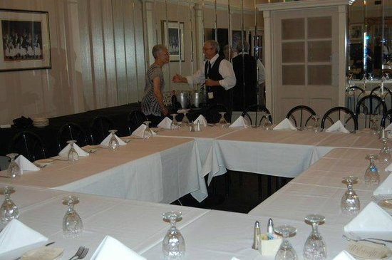 A'Roma Ristorante: Preparing for my in-laws' 50th Anniversary in the banquet room.