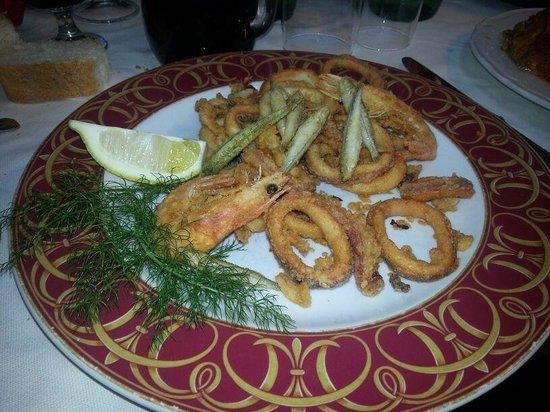 Le Bonta del Capo:                   frittura di pesce ke passione