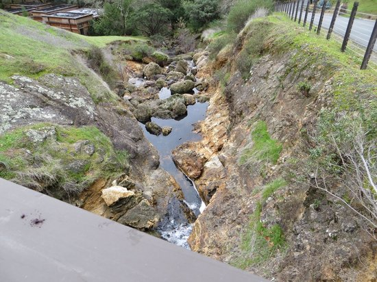 Calistoga Ranch, An Auberge Resort:                   A river runs through it!