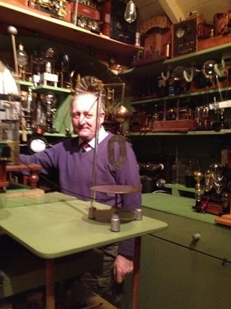 Museum of Victorian Science:                   the boss