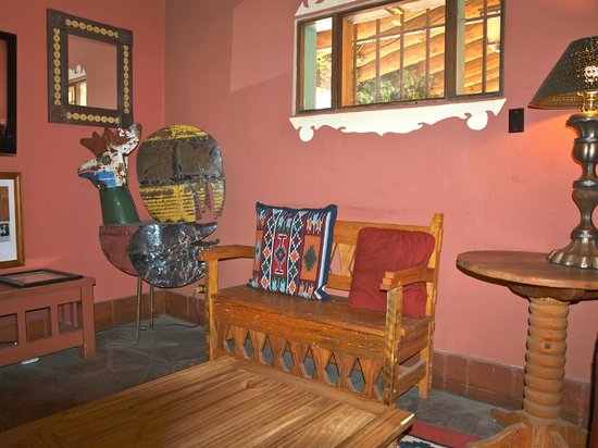 La Posada Hotel:                   Library