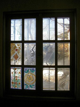 La Posada Hotel:                   Surviving vintage painted windows, west wing