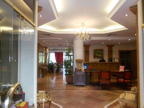 Sun Riviera Hotel:                   recepção