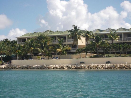 St. James's Club:                   Royal Suites from Mamora Bay