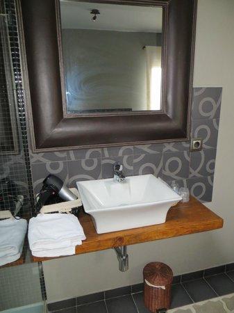 Hotel Rural La Viña: lavabo