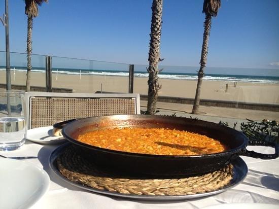 Restaurante La Ferradura:                   arroz a banda