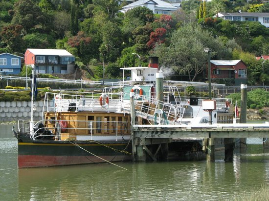 The Waimarie docked in Wanganui