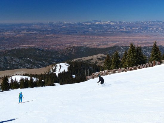Ski Santa Fe: View of Rio Grand Valley from Gay Way blue run