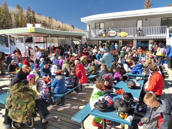 Ski Santa Fe: Totemoff's Bar-and-Grill