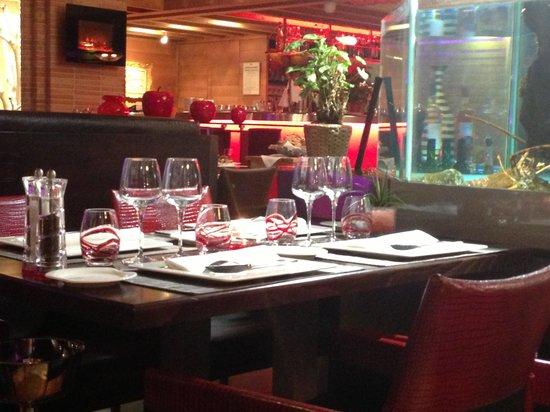 Brasserie des Iles :                   Good atmosphere