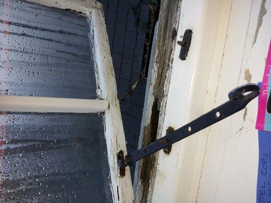 The Mill House Inn:                   rotten windows room no 6