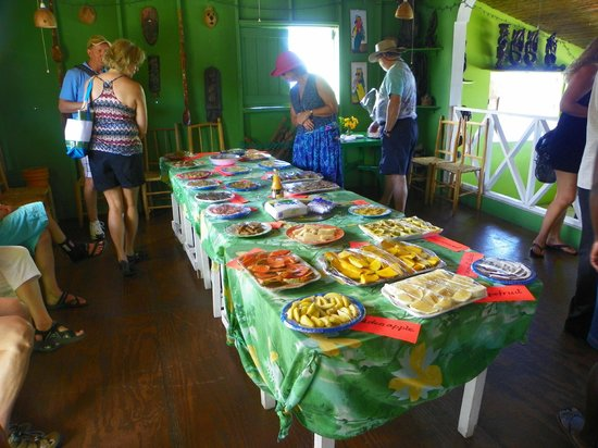 Cosol Tours - sampling of local foods