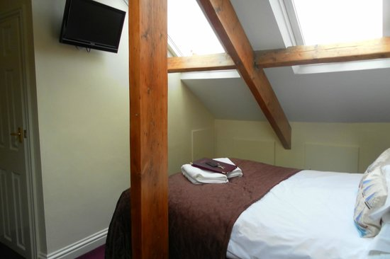 Arches Guesthouse:                   Attic Room