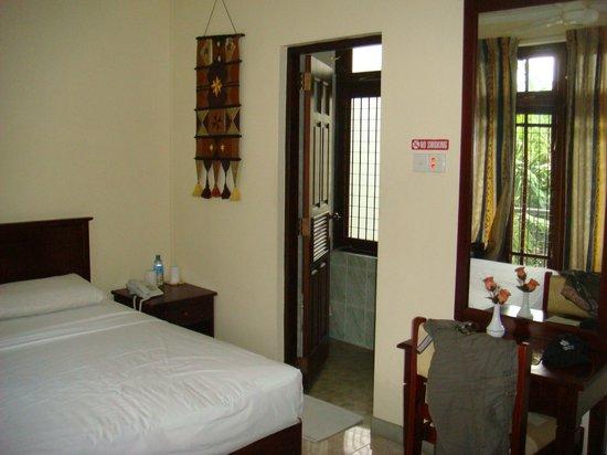 Hotel Amanda Hills: Room