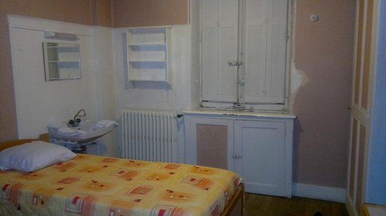Quarto com cehiro de mofo photo de maison saint anthelme for Avis maison saint anthelme belley