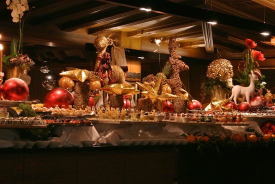 Hotel Cappella:                   Christmas buffet