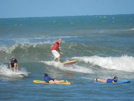 Surf Camp Pipa:                   la mia prima onda...