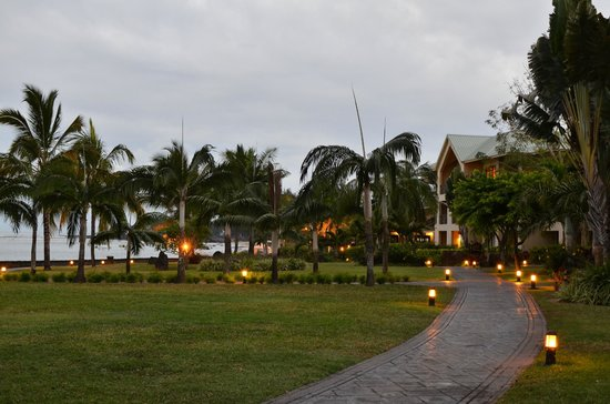 Le Meridien Ile Maurice: On the way to our room