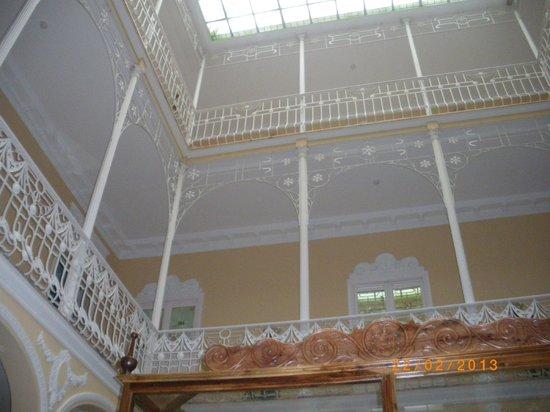 Hotel Victoria:                   Vista desde abajo,desde la habitacion