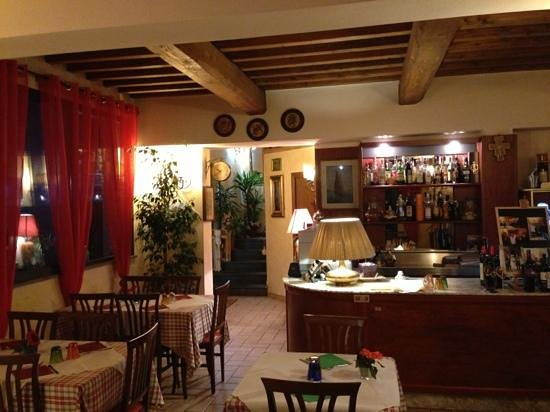 Montopoli in Val d'Arno, Italy:                   Ristorante Sottobosco