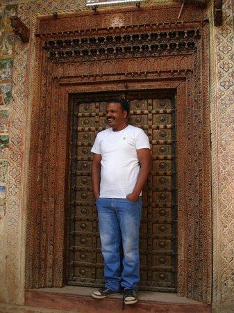 Rajesh Jangid Tourist Pension:                   our wonderful host