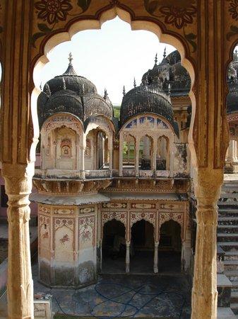 Rajesh Jangid Tourist Pension:                   cenotaph