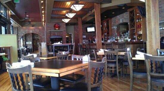 Austin's American Grill - North :                   nice atmosphere.