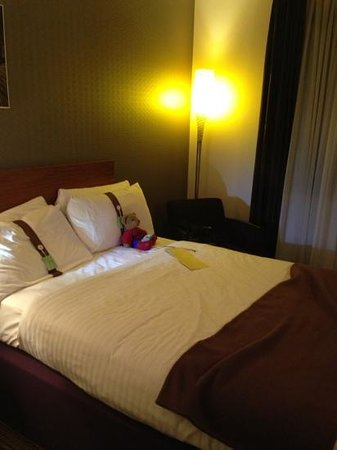 Holiday Inn Norwich City: 2 double beds in family room