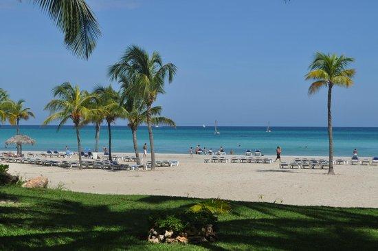 Paradisus Varadero Resort & Spa:                                     Playa bellísima!