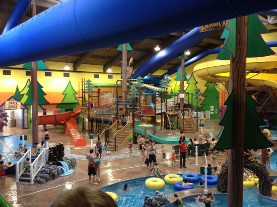 Best Western Dundee:                   Waterpark after hours