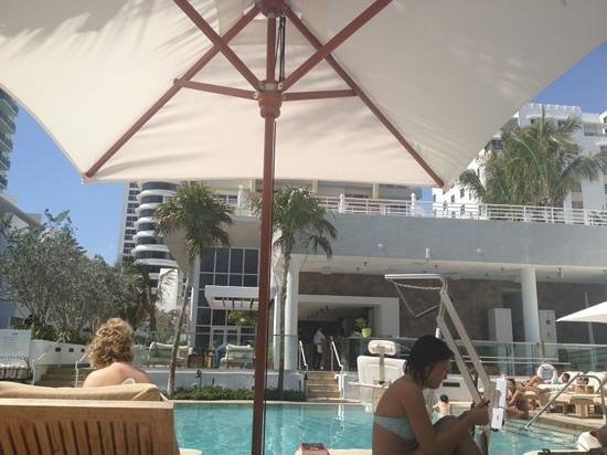 Royal Palm South Beach Miami, A Tribute Portfolio Resort:                   pool area