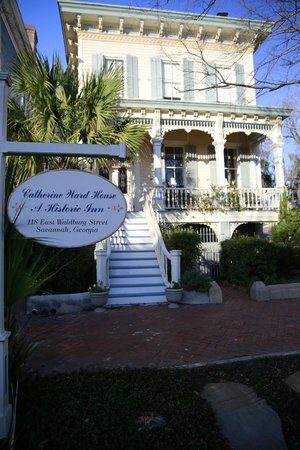 Catherine Ward House Inn:                   Front of the house