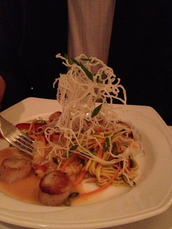 Cafe Navarre:                                     Scallops with lobster risotto!