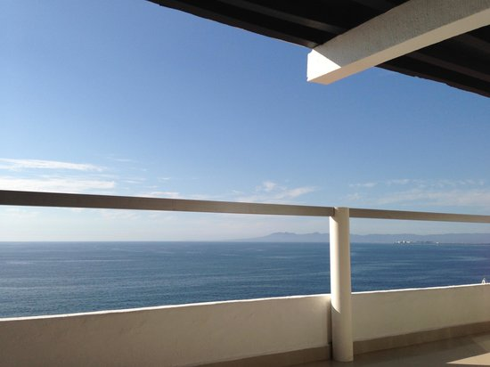 Boana Torre Malibu :                   View from the bedroom of 902