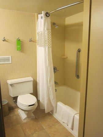 Hampton Inn Parsippany: Bathroom
