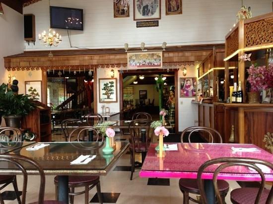 Thai Thai Restaurant: Restaurant