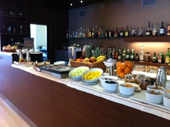 Eos Hotel:                   more breakfast