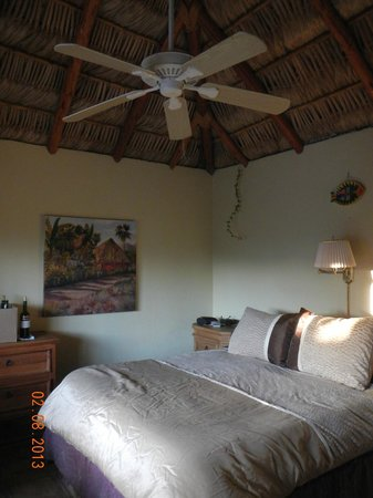 La Fonda del Mar Bed & Breakfast:                   room
