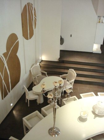 Hotel Home Florence:                   la zona comune dove viene servita la colazione...
