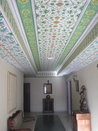 Hotel Anuraag Villa:                   Beautifully painted ceilings, pure craftsmanship