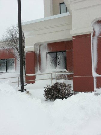 Hampton Inn Boston-Norwood:                   Blizzard 2013