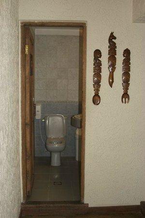 Hotel Rosario La Paz:                   Public Bathrooms, on all floors