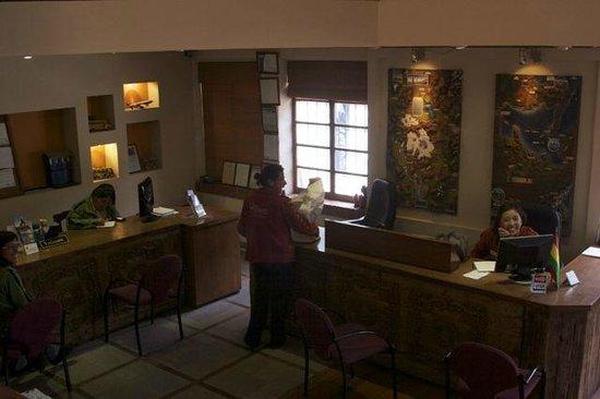 أوتيل روزاريو لا باز:                   Reception Desk and Tour Agency                 