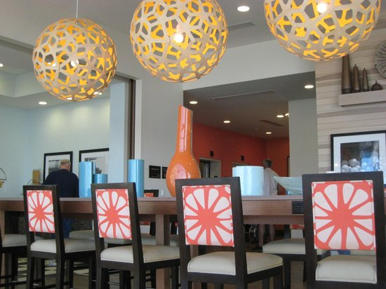 Hampton Inn & Suites Orange Beach:                                     Dining Area