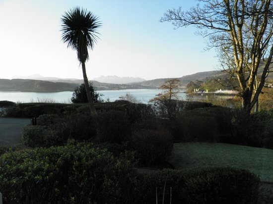 Cuillin Hills Hotel:                   View from bedroom bay window - February