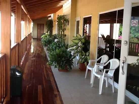 Hotel Samara Inn:                   rooms