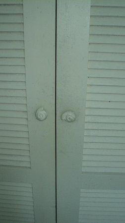 Club Med Rio Das Pedras:                   Porta do armário do quarto
