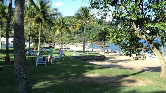 Club Med Rio Das Pedras:                   Praia e jardim