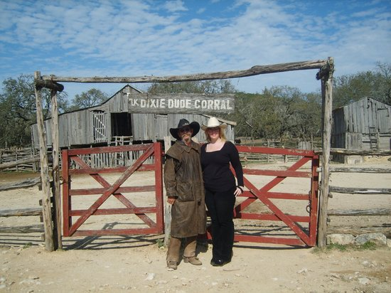 Dixie Dude Ranch:                   The original barn