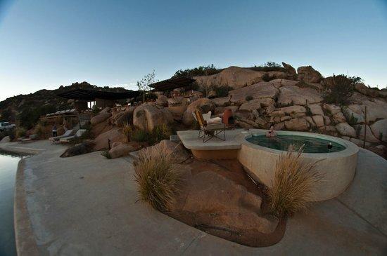 Encuentro Guadalupe: Hot tub area